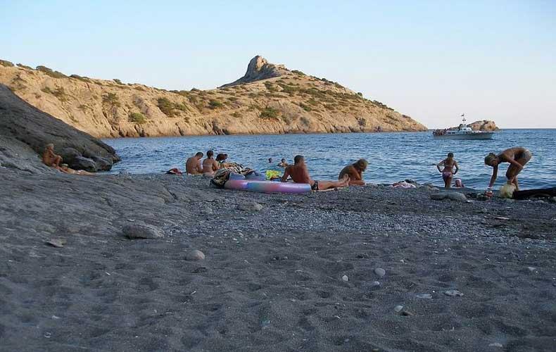 Лучшие пляжи Крыма - Бухта Зеленая в Новом свете - Фото