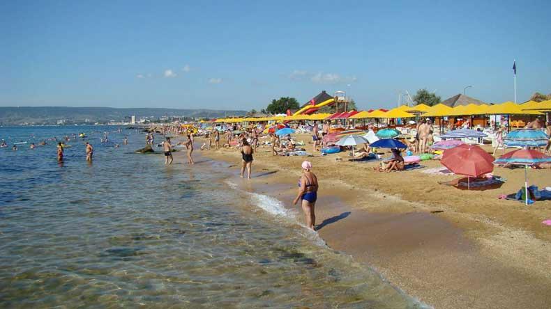 Отдых всей семьей в Крыму на Золотом пляже - Фото