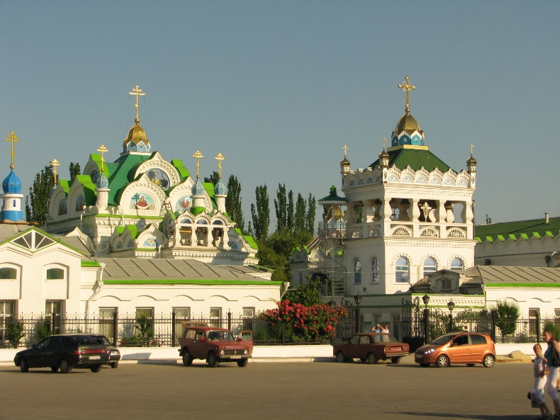 Храм Святой Великомученицы Екатерины возле автовокзала Феодосии - Фото 01