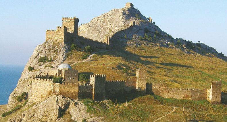 Генуэзская крепость - Фото 10