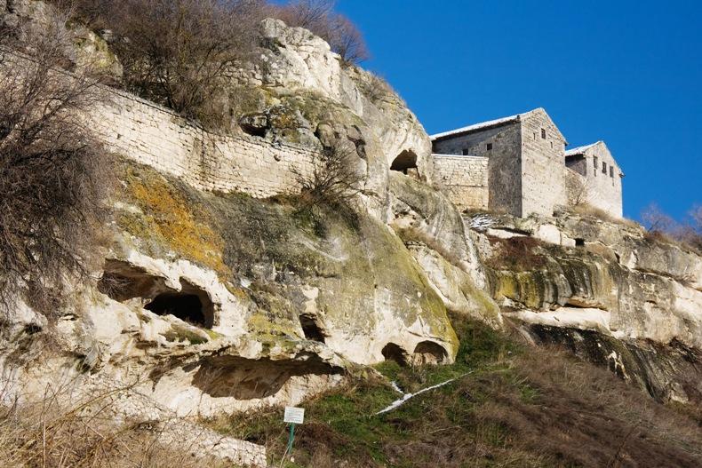 Пещерный город Чуфут-кале - Фото 09