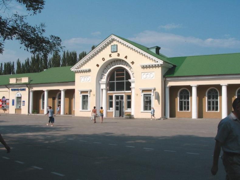Железнодорожный вокзал Феодосии - Фото 02