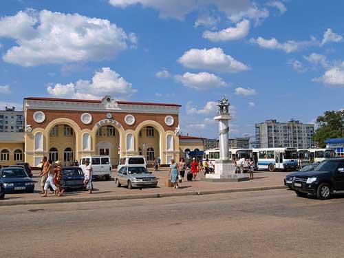 Веб камера в Евпатории на ж/д вокзале