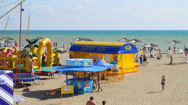 Лучшие пляжи Крыма - пляж Саки, песчаный - Фото
