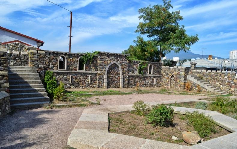 Крепость Алустон - Фото 12