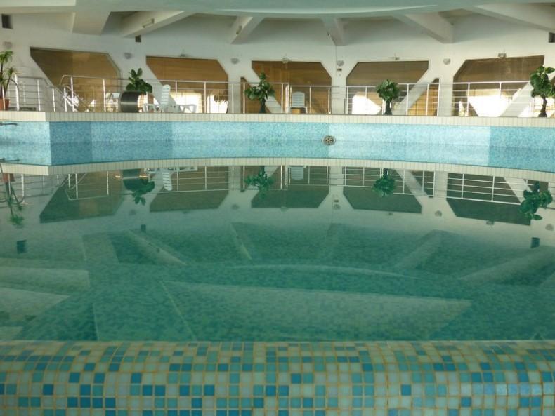 Бассейн в санатории - Фото 04