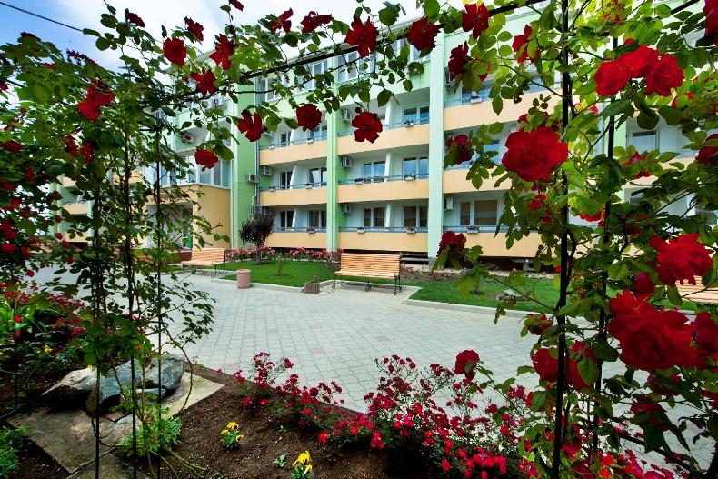 Территория санатория 'Юрмино' - Фото 03