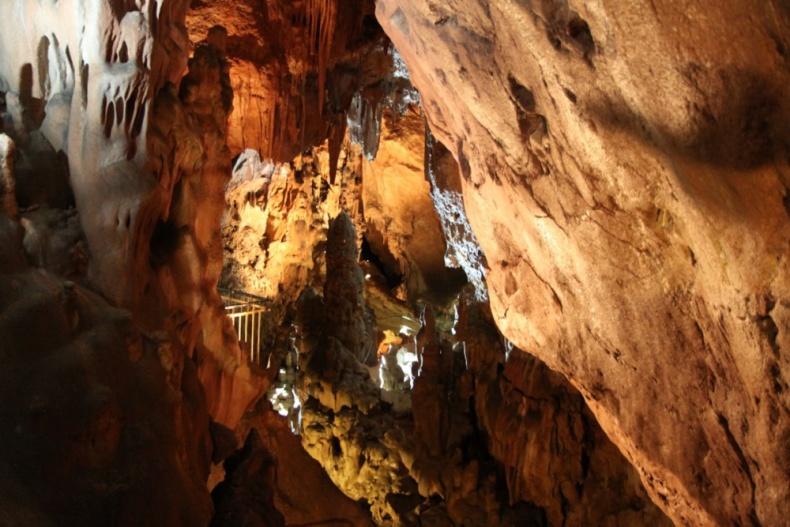 Скельская сталактитовая пещера - Фото 11