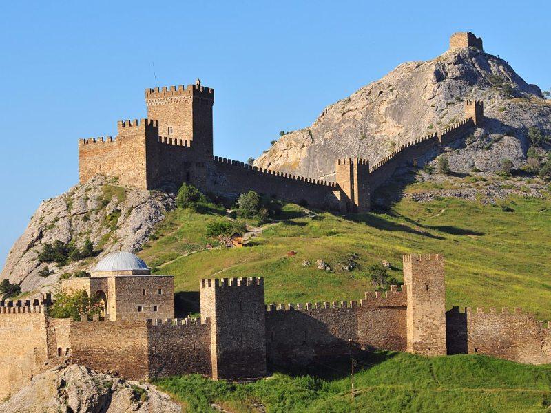 Генуэзская крепость - Фото 13