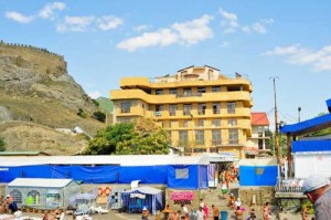 Веб камера гостиницы Астарта рядом с крепостью Судак